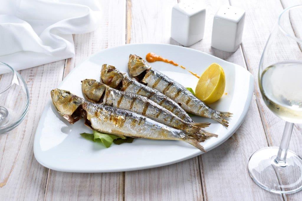 מסעדת לה סרדין סרדינים על הגריל מלח ים